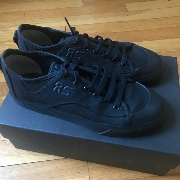 the latest d0d52 88a9b RAF SIMONS x Adidas Black Spirit V Canvas Sneaker